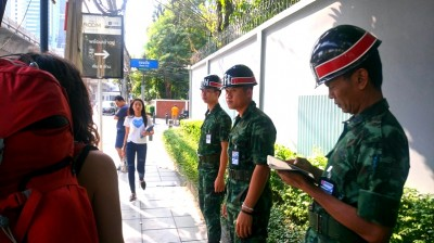 Llegamos a la embajada Birmana